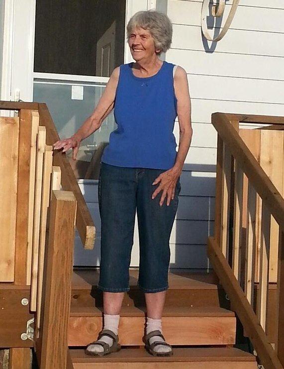 Gestures for Dorothy Allard Hodgkins   Funeral Homes